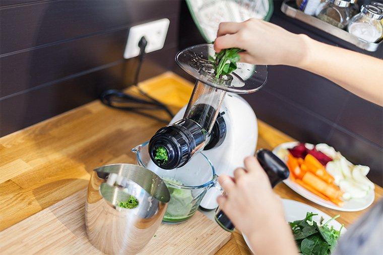 green-leaves-juice