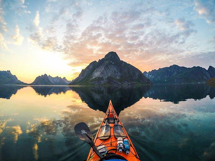 kayaking-solo